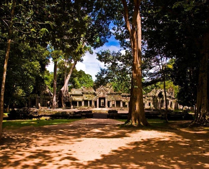 De verborgen tempels van Angkor Tom