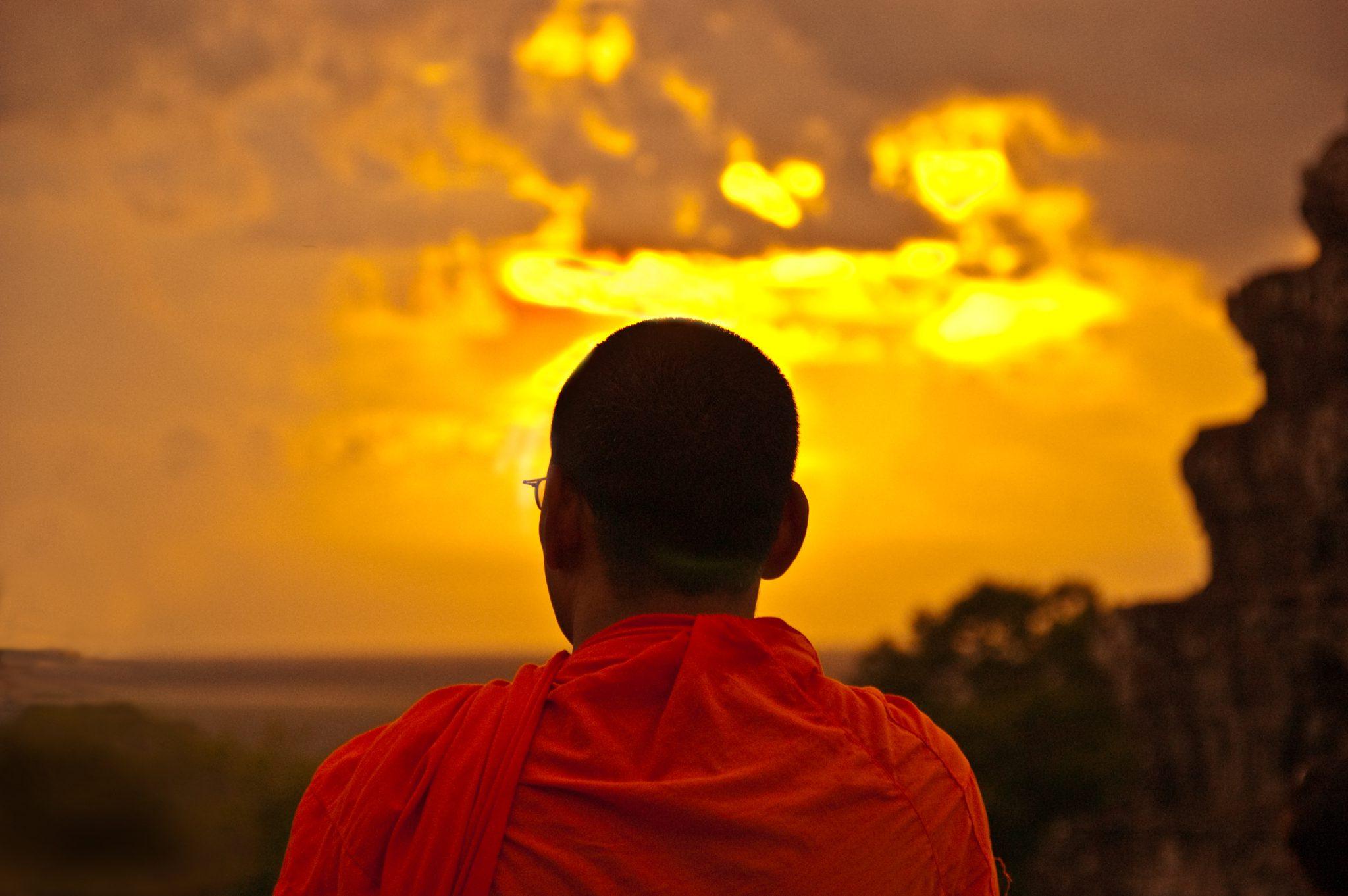 Zonsondergang bij Phnom Bakheng