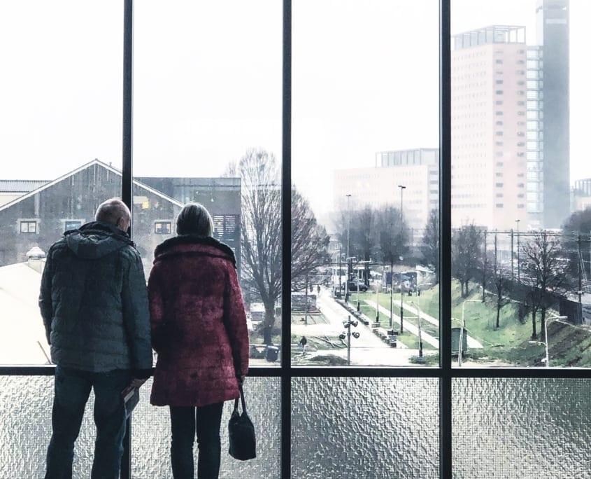 De LocHal geeft ook een mooi uitzicht over de Spoorzone en de rest van Tilburg