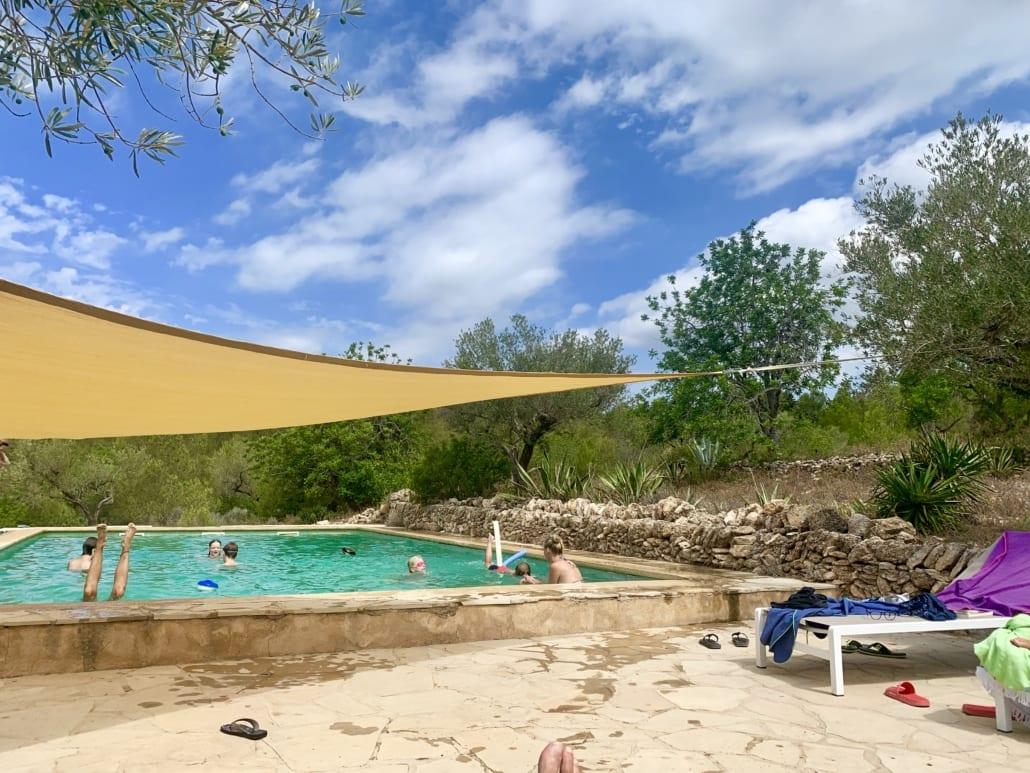 Zwembad met natuurwater
