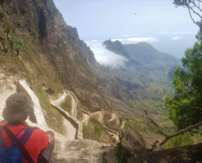 Fenomenaal uitzicht en oneindige afdaling op Santo Antão