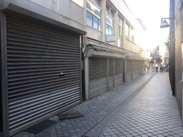 De laatste winkels sloten hier ergens eind 19e eeuw.