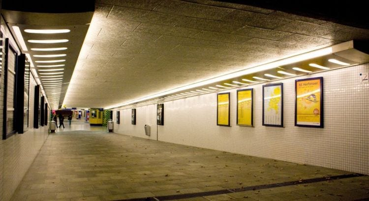 De oude stationstunnel