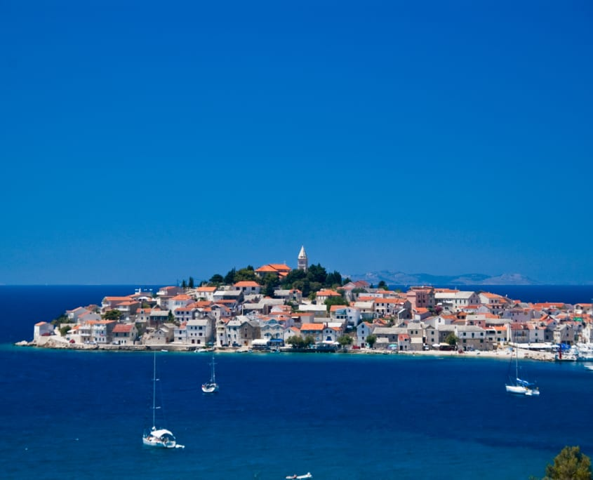Pittoreske dorpjes voor de kust van Kroatié