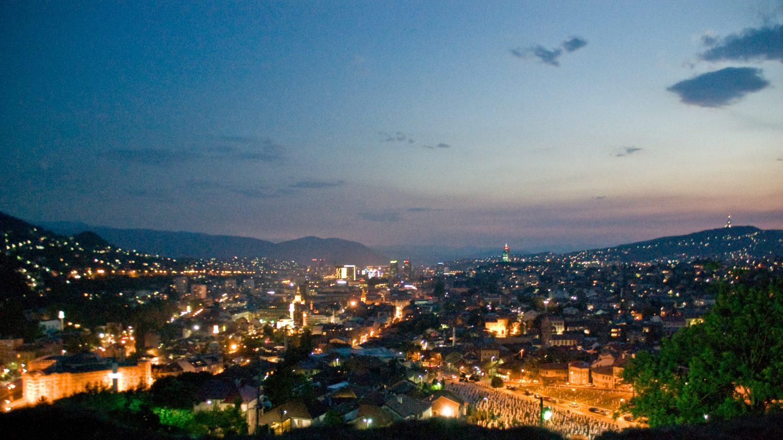 Een uitzicht over Sarajevo
