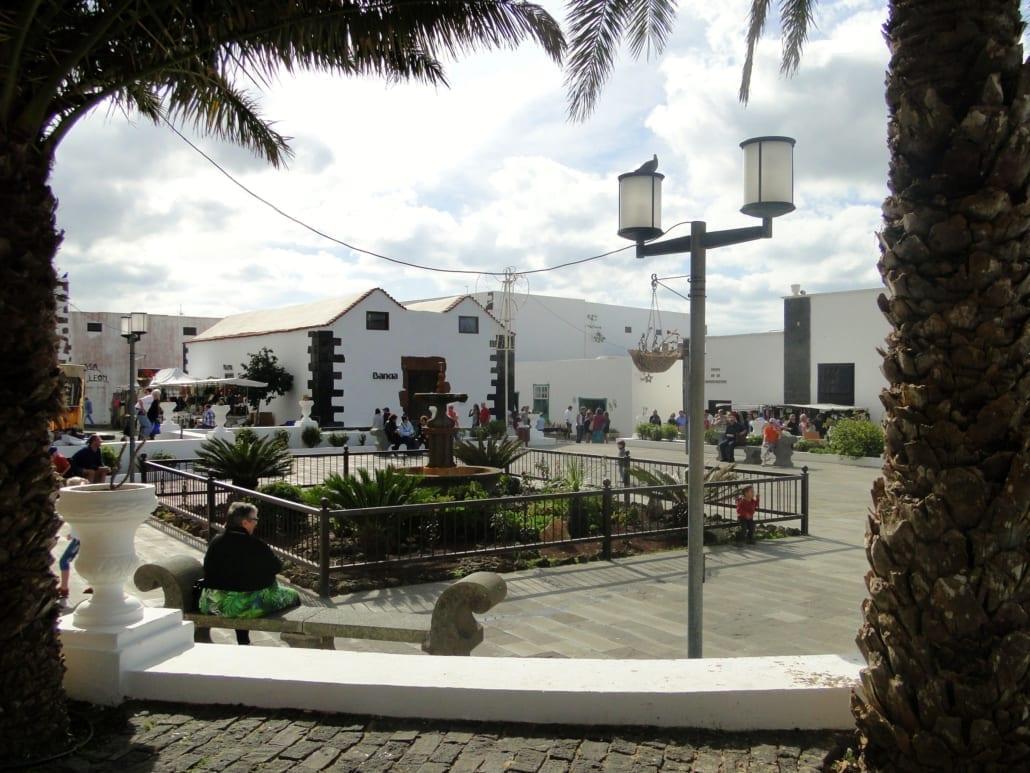 Plaza la Constitución in Teguise