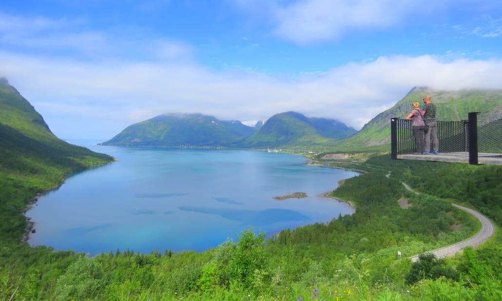 Stukje romantiek op uitzichtplatform bij Bergsbotn op Senja