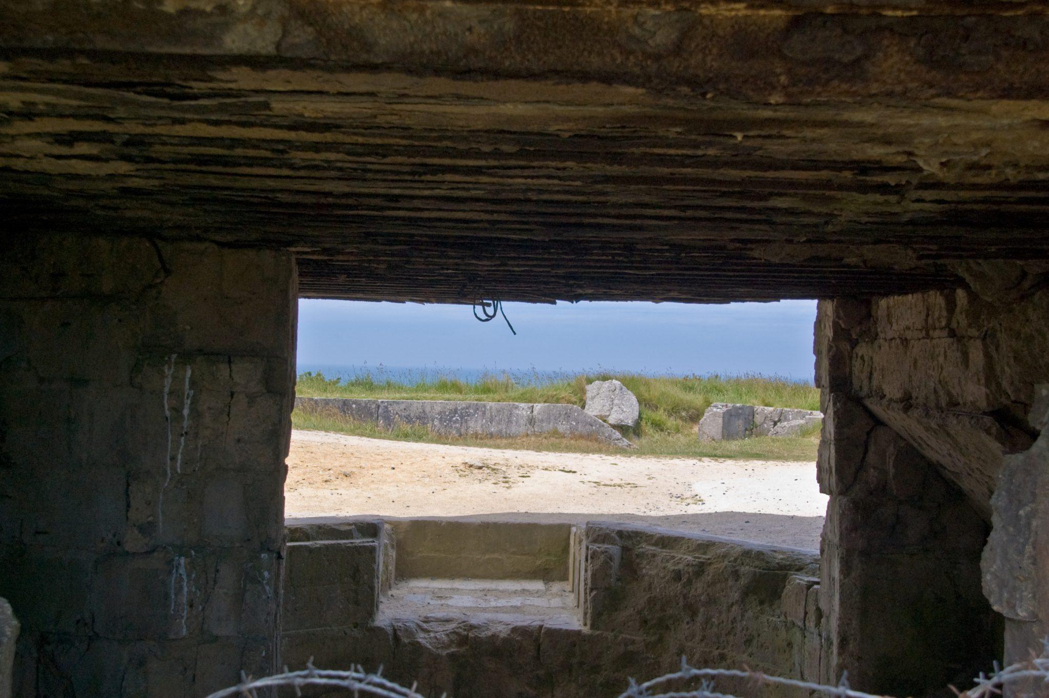 De bunkers van Pointe du Hoc, te bezoeken zoals ze zijn achtergelaten na D-day