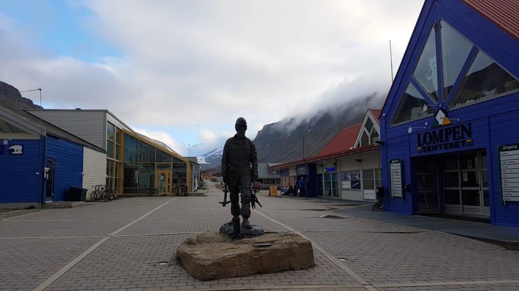 Hoofdstraat in Longyearbyen
