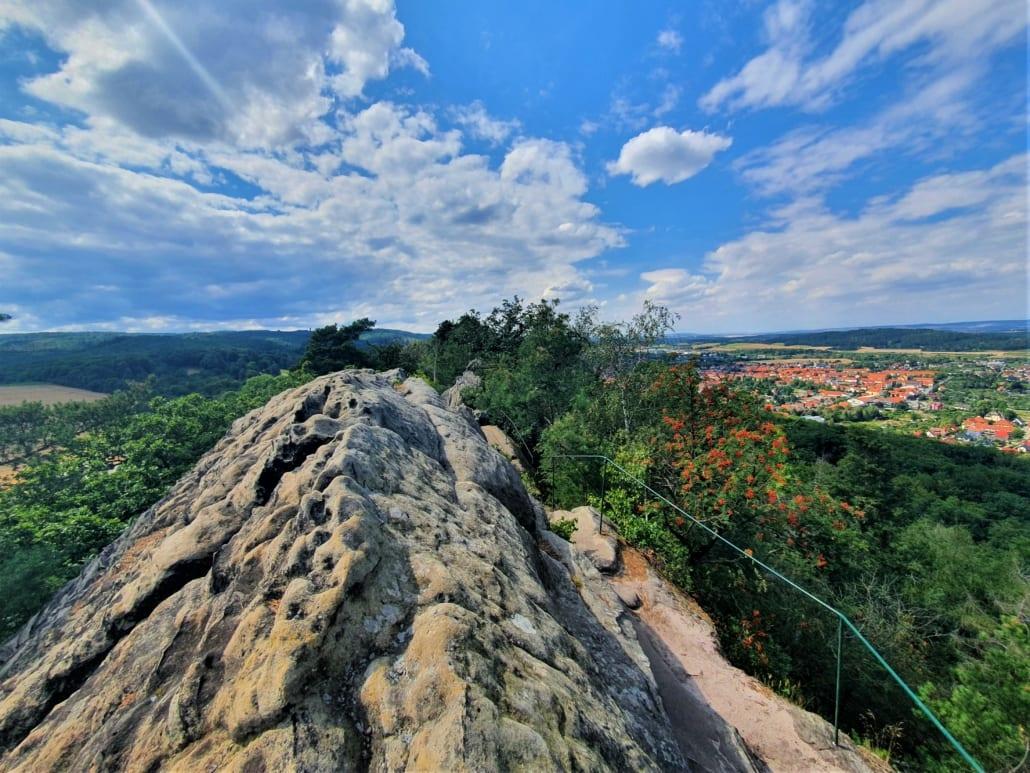Bovenop de Teufelsmauer in de Harz