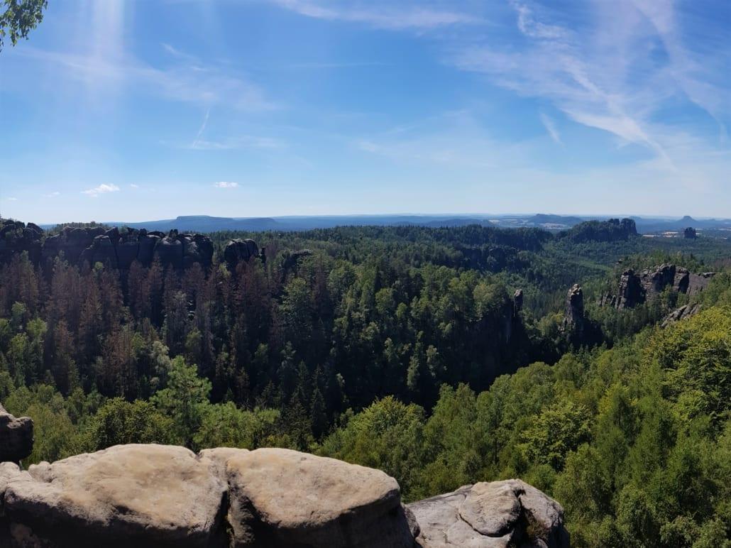 Uitzicht vanaf Carolafelsen in de Sächsische Schweiz