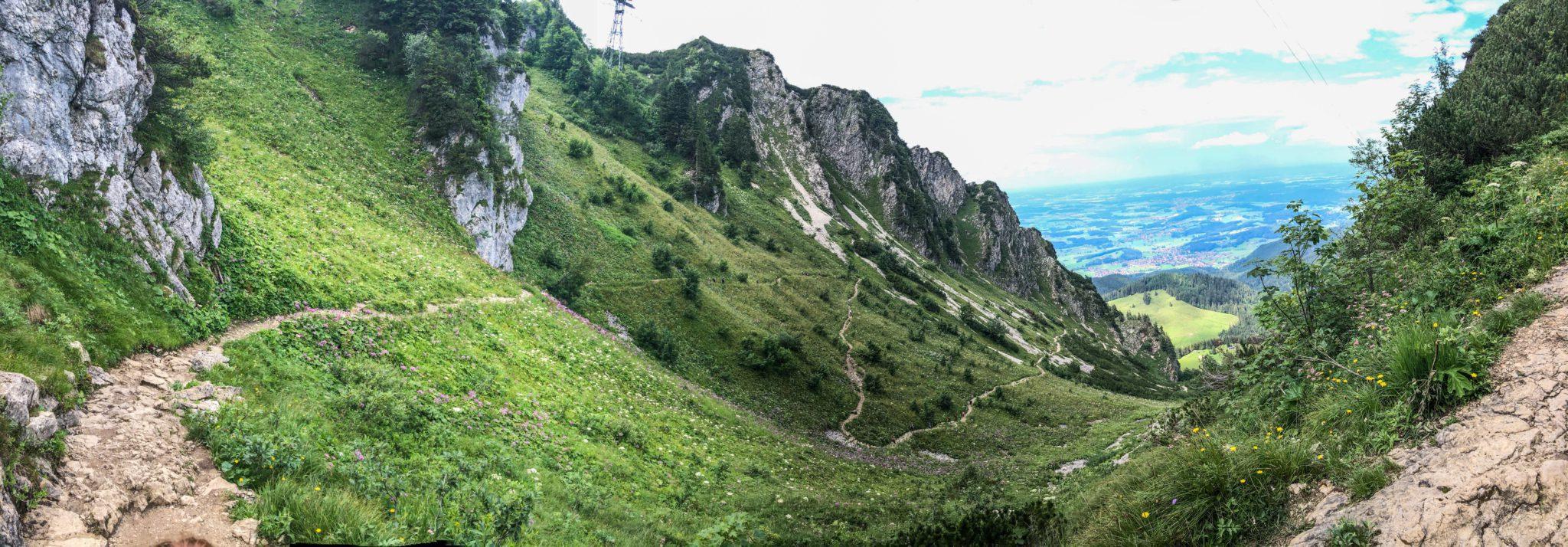 De weg naar de top van de Hochfelln