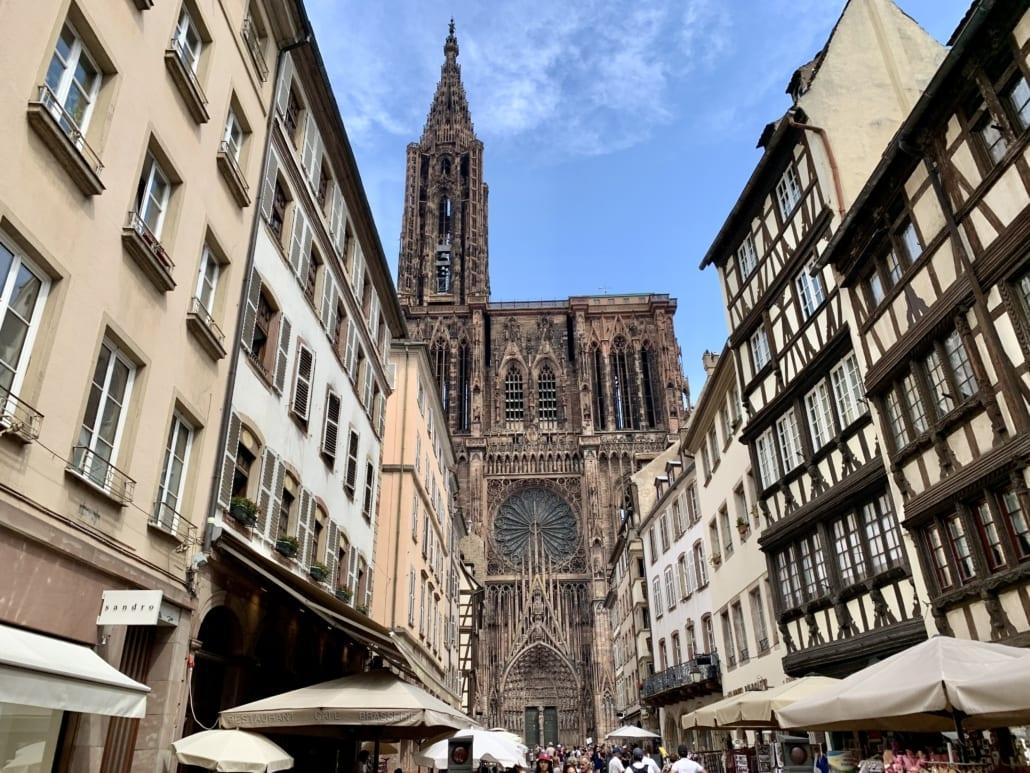 Kathedraal met één toren