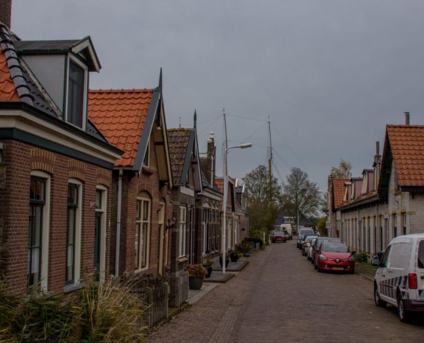 Zeg nou zelf: Friesland heeft toch kleine huisjes?