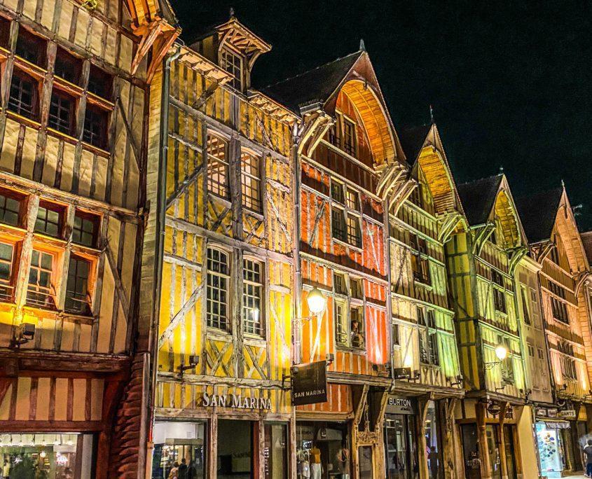 Pittoresk, middeleeuws en kleurrijk: Troyes in één beeld.